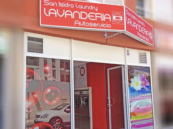 "Autoservicio ""San Isidro"", Tenerife"
